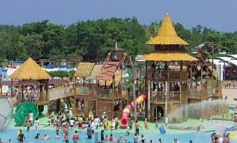 海中道陽光遊泳池